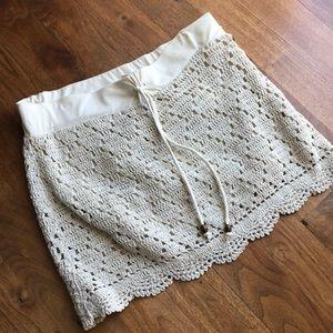 Never worn, Roxy mini skirt